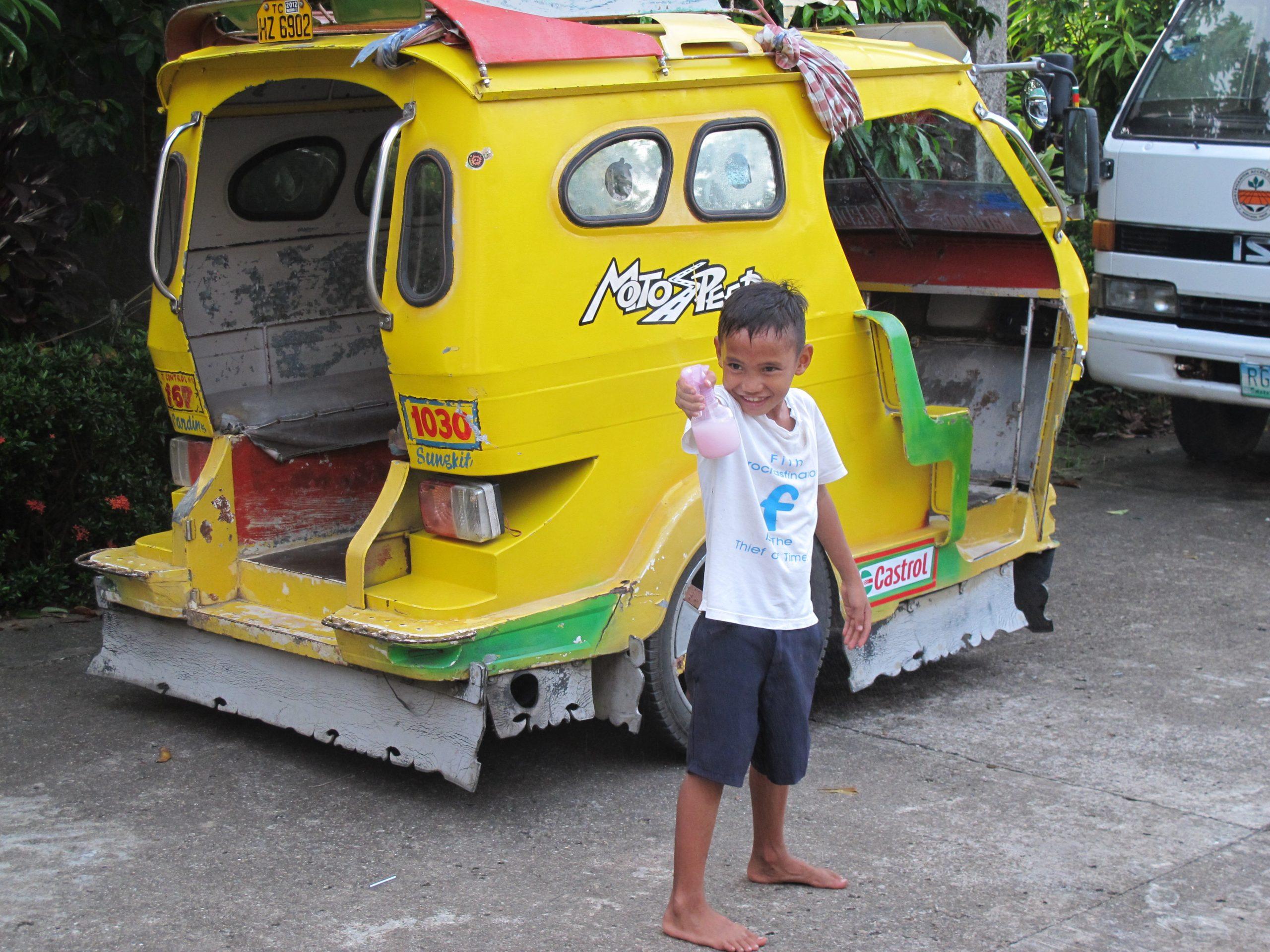 Samar, sogni tra onde riso e banchi di scuola